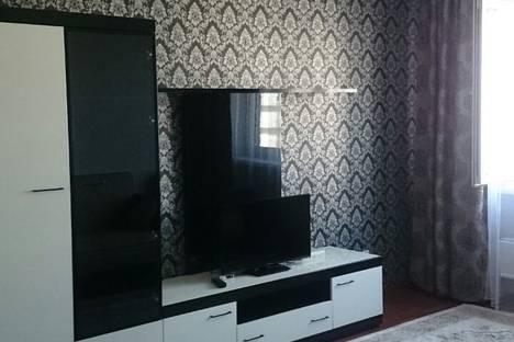 Сдается 2-комнатная квартира посуточно в Алматы, улица Сатпаева 72.