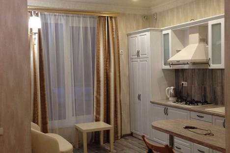 Сдается 2-комнатная квартира посуточно в Пятигорске, ул. Нежнова, 61.