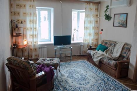Сдается 1-комнатная квартира посуточнов Санкт-Петербурге, Кирочная улица, 44.