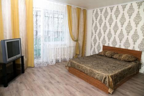 Сдается 1-комнатная квартира посуточно в Челябинске, улица Молодогвардейцев, 39В.