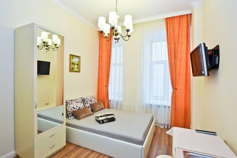 Сдается 1-комнатная квартира посуточнов Санкт-Петербурге, Малая Конюшенная улица 1-3.