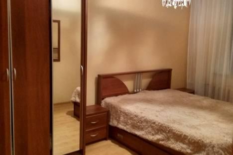 Сдается 4-комнатная квартира посуточно в Липецке, ул. Валентины Терешковой, 29.