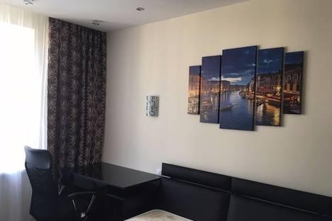 Сдается 1-комнатная квартира посуточново Владимире, улица Мира, 2В.