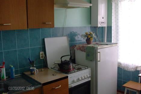 Сдается 1-комнатная квартира посуточно в Сызрани, улица Смирницкой 39.