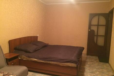 Сдается 1-комнатная квартира посуточно в Абакане, улица К. Перекрещенко, 8.