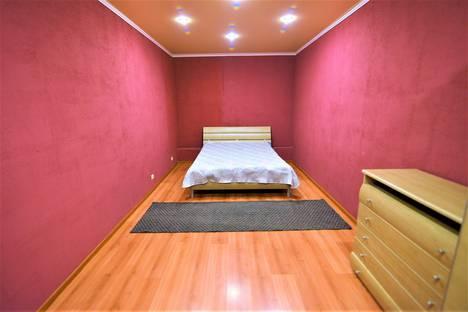 Сдается 2-комнатная квартира посуточно в Воронеже, Московский проспект, д. 112.