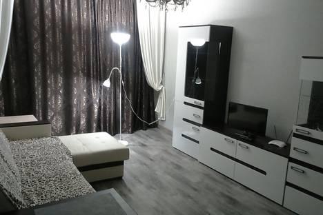 Сдается 1-комнатная квартира посуточно в Оренбурге, Ул.Чкалова 16/1.
