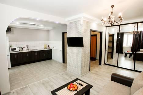 Сдается 1-комнатная квартира посуточно в Кемерове, Притомский проспект,3.