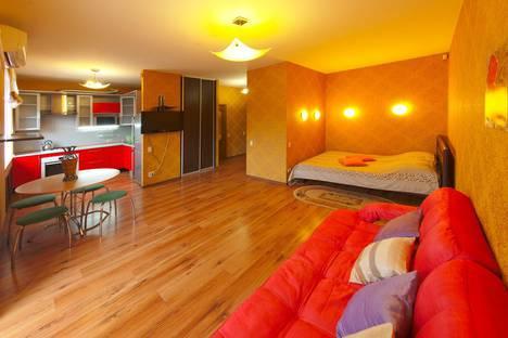 Сдается 1-комнатная квартира посуточно в Ярославле, улица Богдановича д.11.