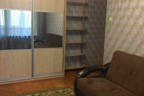 Сдается 2-комнатная квартира посуточно в Железнодорожном, ул. Новая, 5.