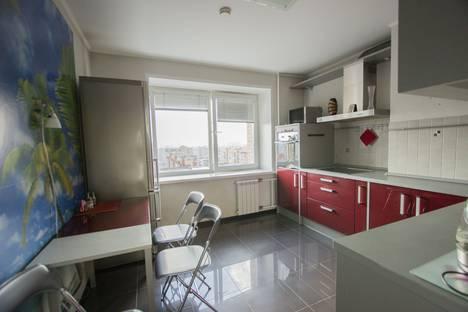 Сдается 2-комнатная квартира посуточно в Красноярске, Водопьянова 12.