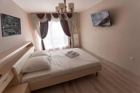 Сдается 2-комнатная квартира посуточно в Тюмени, Тюменская область,50 лет Октября, 57A, к1.