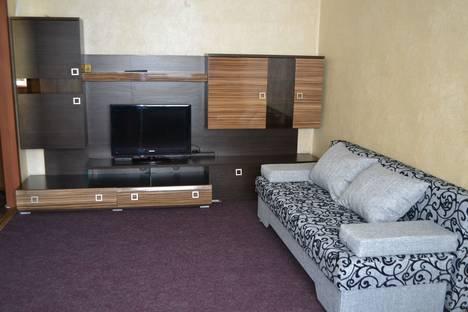 Сдается 1-комнатная квартира посуточно в Белгороде, улица Костюкова, 22.