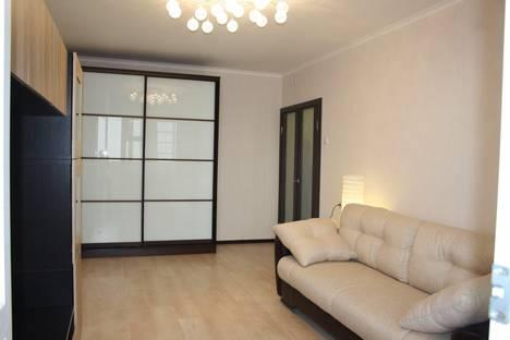 Сдается 2-комнатная квартира посуточно в Юбилейном, улица Военных строителей, 14.