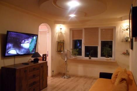 Сдается 2-комнатная квартира посуточно в Новополоцке, улица Янки Купалы 12а.