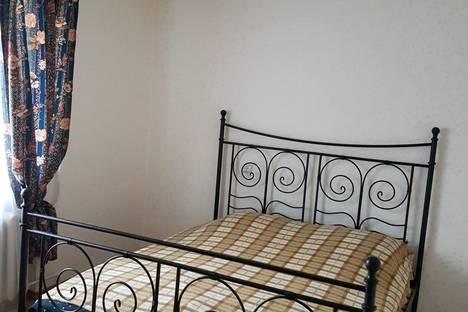 Сдается 2-комнатная квартира посуточнов Екатеринбурге, ул. Калинина, 31.