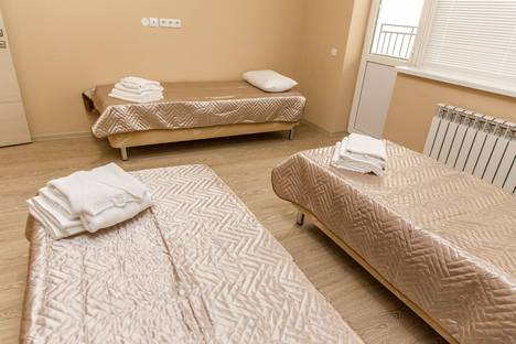 Сдается 3-комнатная квартира посуточнов Красной Поляне, улица Турчинского 50.