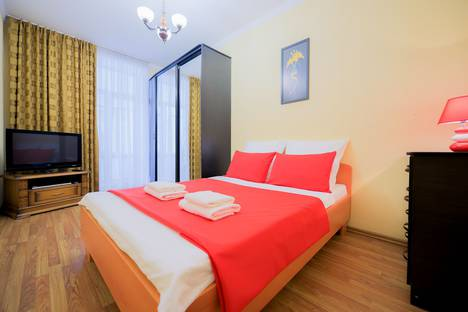 Сдается 2-комнатная квартира посуточно в Челябинске, проспект Ленина, 53.