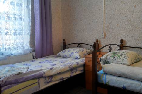 Сдается 2-комнатная квартира посуточнов Печорах, Юрьевская улица д. 13.