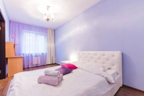 Сдается 2-комнатная квартира посуточнов Томске, ул Елизаровых, 25.