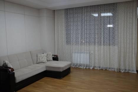 Сдается 2-комнатная квартира посуточно в Астане, улица Р. Кошкарбаева 10/1.