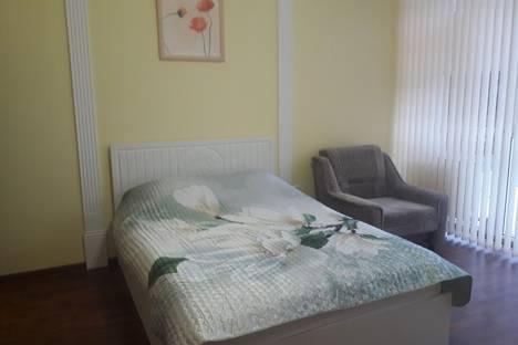 Сдается 1-комнатная квартира посуточнов Сочи, улица Нагорная, 19а.