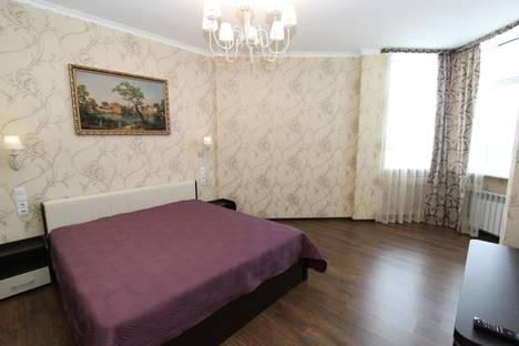 Сдается 2-комнатная квартира посуточно в Феодосии, Черноморская набережная, 1б.