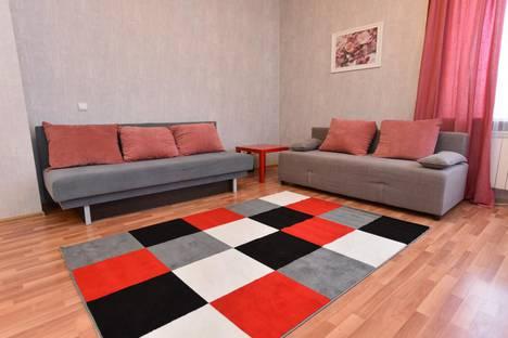 Сдается 2-комнатная квартира посуточно в Великом Устюге, Советский проспект 91.
