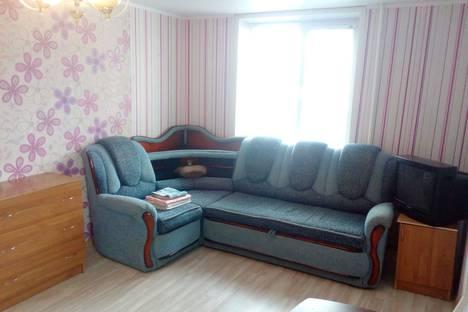 Сдается 1-комнатная квартира посуточно, Ворошилова 27.