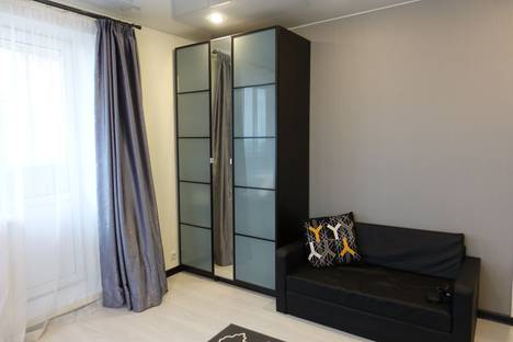 Сдается 1-комнатная квартира посуточнов Андреевке, Староандреевская улица 43 кор2.