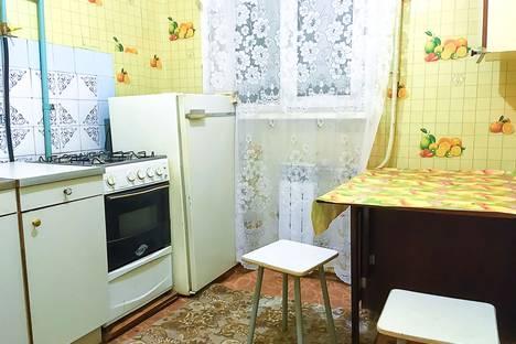 Сдается 1-комнатная квартира посуточнов Каменск-Уральском, улица Белинского, 3.