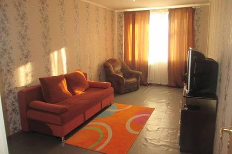 Сдается 2-комнатная квартира посуточно в Стерлитамаке, улица Артема, 114.