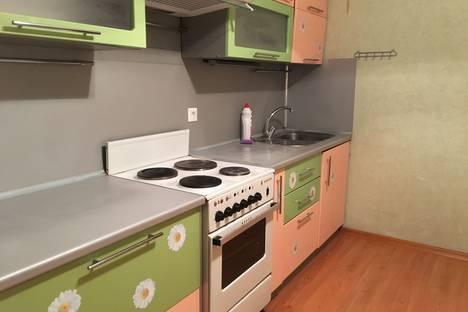 Сдается 1-комнатная квартира посуточно в Андреевке, 30.