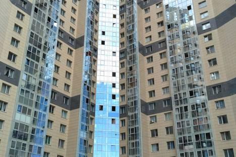 Сдается 1-комнатная квартира посуточнов Санкт-Петербурге, проспект Большевиков д 7 корп3.