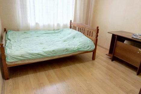 Сдается 2-комнатная квартира посуточно в Подольске, Юбилейная улица, 1к1.