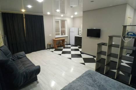 Сдается 1-комнатная квартира посуточнов Новокуйбышевске, проспект Победы 20.