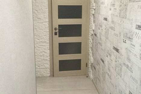 Сдается 2-комнатная квартира посуточно в Великом Устюге, улица Кузнецова, 40.