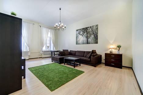 Сдается 2-комнатная квартира посуточнов Санкт-Петербурге, Фурштатская улица 18.