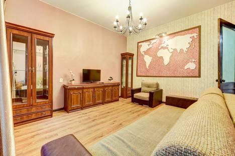 Сдается 3-комнатная квартира посуточно в Санкт-Петербурге, набережная канала Грибоедова, 27.