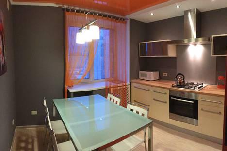 Сдается 1-комнатная квартира посуточно в Череповце, Первомайская улица, 45.