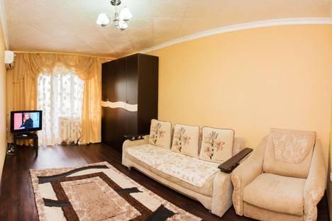 Сдается 1-комнатная квартира посуточно в Астрахани, улица Ботвина, 26.