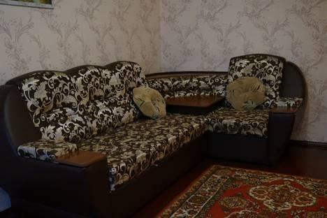 Сдается 2-комнатная квартира посуточнов Барнауле, Северный Власихинский проезд, 62.