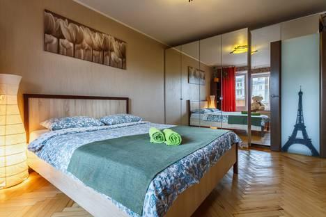 Сдается 2-комнатная квартира посуточно в Москве, улица Большая Якиманка, 32.