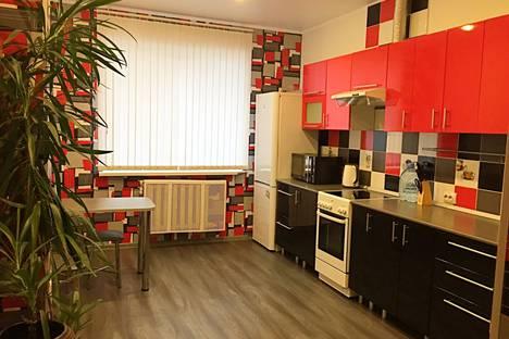 Сдается 1-комнатная квартира посуточно в Брянске, улица Красноармейская, 38.