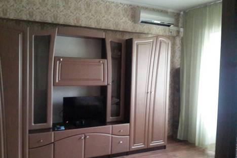 Сдается 1-комнатная квартира посуточно в Алматы, улица Кунаева, 153.
