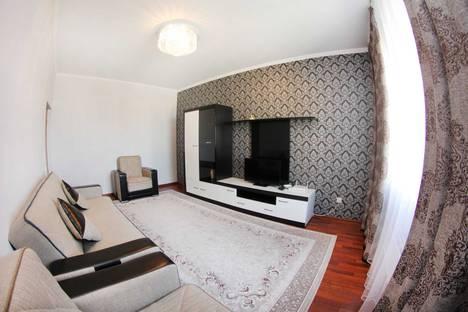 Сдается 2-комнатная квартира посуточно в Алматы, улица Сатпаева, 79.