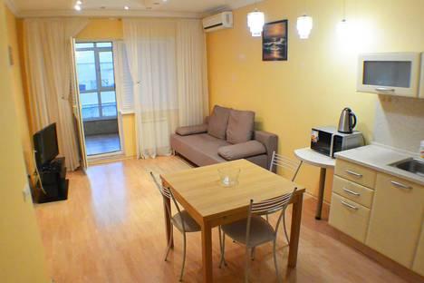 Сдается 3-комнатная квартира посуточно в Адлере, улица Кирова, 30.