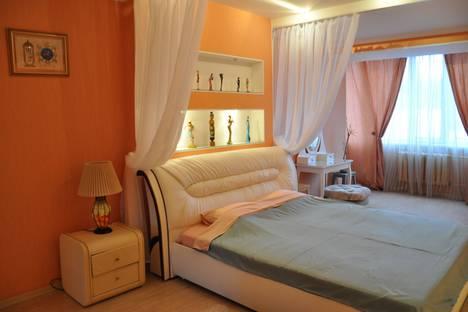 Сдается 3-комнатная квартира посуточно, улица Розы Люксембург, 19.