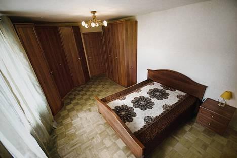 Сдается 3-комнатная квартира посуточно, улица Нахимова, 29.