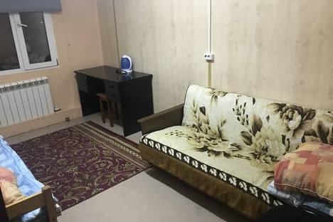 Сдается комната посуточнов Салехарде, Обская улица, 38.